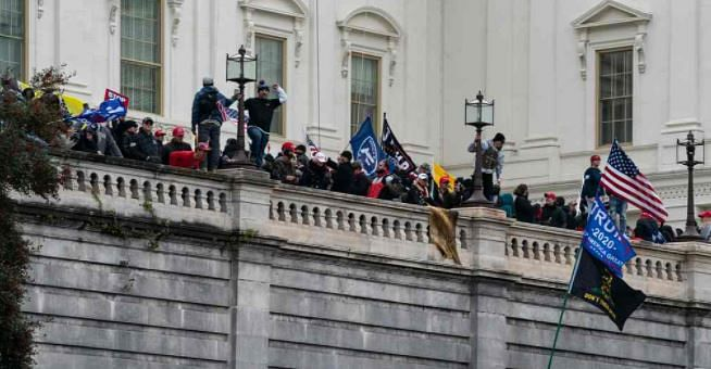 52 Orang Ditangkap Terkait Serbuan Massa Trump ke Gedung Capitol
