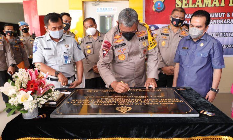 Kapolda Sumut  Resmikan Lab PCR di RS Bhayangkara Medan