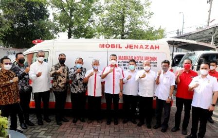 Wagub Musa Rajekshah Terima Bantuan  Mobil Jenazah dan Depot Disinfektan