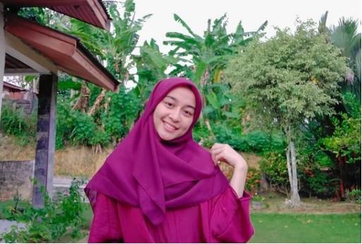 Cantik dan Cerdas, Gadis Minang Ini Jadi Mahasiwi S3 Termuda di ITB