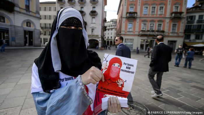 Referendum Swiss Setujui Larangan Burqa bagi Muslim