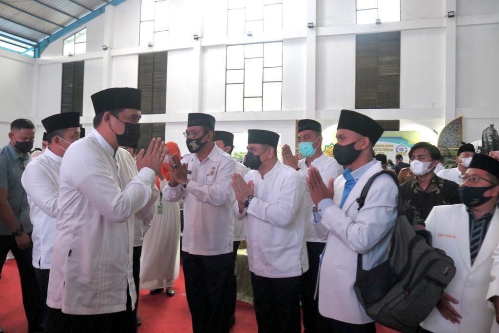Wali Kota Tutup MTQN ke-54, Medan Barat Raih Juara Umum