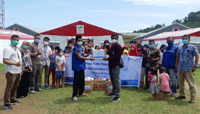 FIFGROUP Salurkan Bantuan Rp 2 Miliar lebih di 76 Titik Bencana se-Indonesia