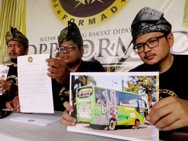Motif Bergambar di Bus Trans Metro Deli Singgung Puak Melayu