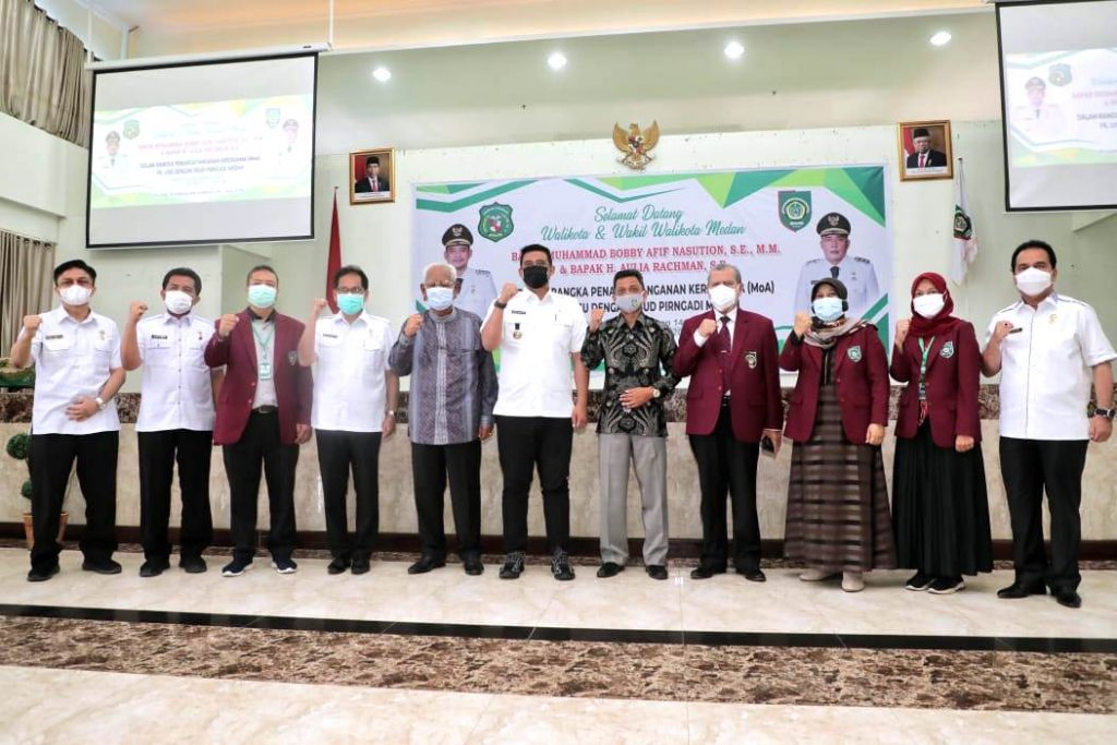 Wali Kota Medan dan Rektor UISU Tandatangani Nota Kesepahaman Bidang Pendidikan