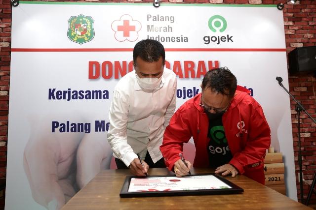 Aktif Kegiatan Kemanusiaan, Wagub Musa Rajekshah Apresiasi PT Gojek Indonesia