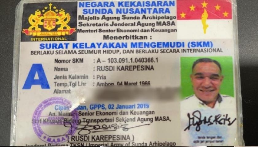 Polisi Tangkap Pengguna SIM Kekaisaran Sunda Nusantara