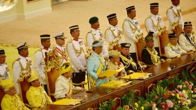 Raja-raja Melayu berdatangan di Istana Negara jelang pertemuan bahas PM baru