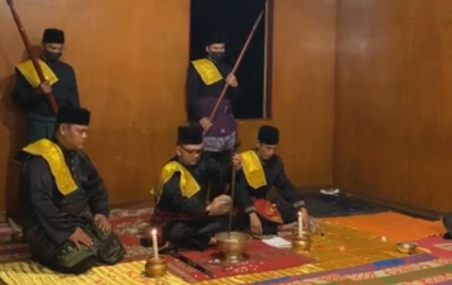 Kerapatan Zuriat Diraja Melayu Negeri Padang Melaksanakan Majelis Istiadat Malam 'Asyura