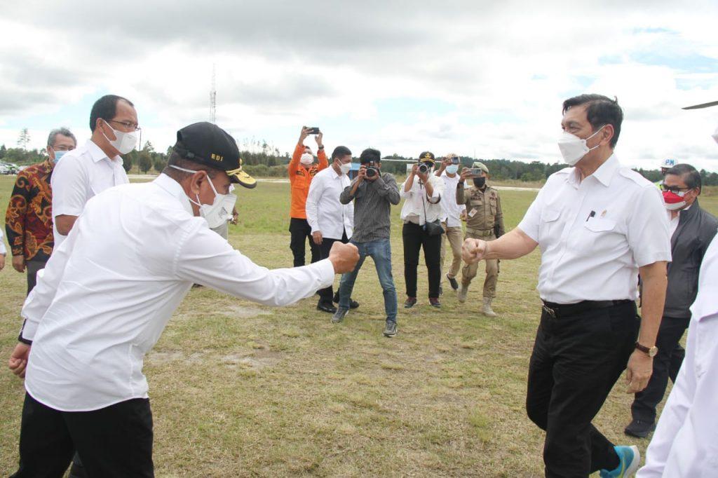 Gubsu Edy Dampingi Menteri Luhut di Humbahas, Dorong Pengembangan Budidaya Tanaman Herbal di Sumut